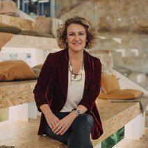 Silvia Bueso